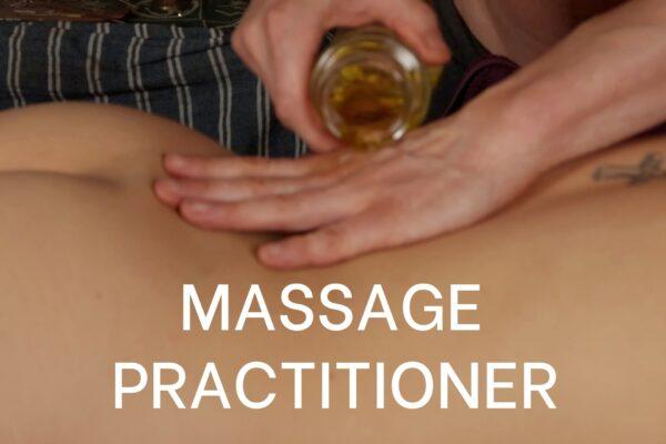 Massage mit warmen Öl